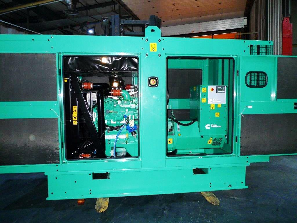 Cummins 250Kva silent diesel generator